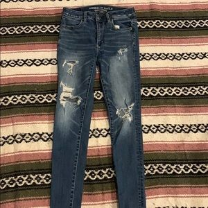 American Eagle Ripped Jeans (size 4)